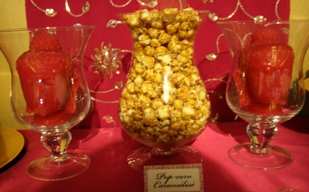 "sweet table buffet dessert rose fushia or pink ""hot pink"" gold inde india pop corn bouddha"
