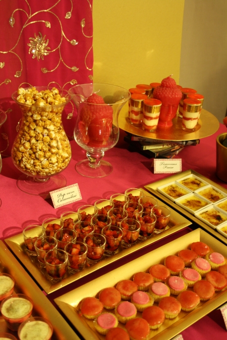 "sweet table buffet dessert rose fushia or pink ""hot pink"" gold inde india"
